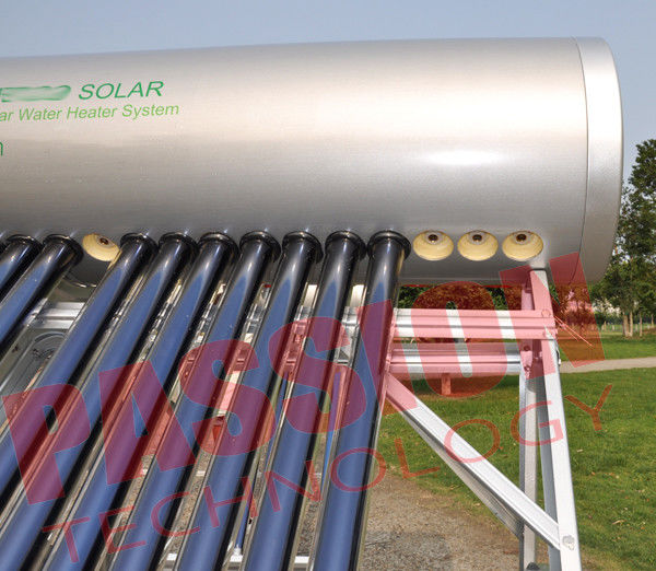 Heat Pipe Solar Energy Water Heater , Integrated Solar Water Heater 300 Liter